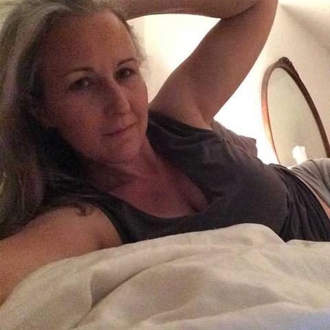 Maak een afspraakje met deze 51-jarige vrouw