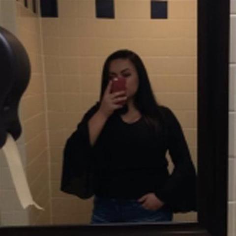 Geile sexdate met deze 23-jarige meid