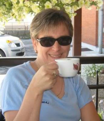 Laat je ontknapen door 50-jarig dametje uit Drenthe