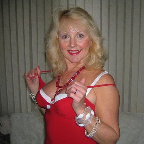 Regel een ontmoeting met deze 63-jarige vrouw