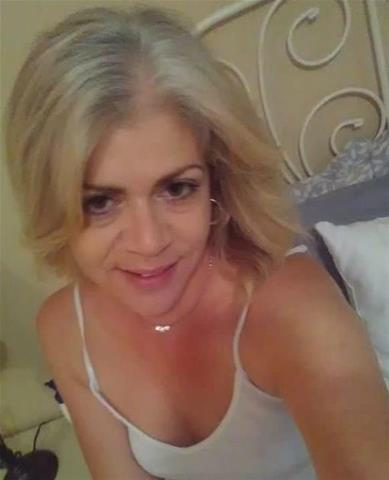 Gratis sex met 44-jarig milfje uit Drenthe