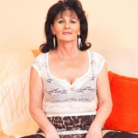Eenmalige sex met 67-jarig omaatje uit Drenthe